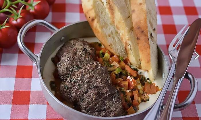 4 ארוחה זוגית מרוקאית במסעדת טרומפטה הכשרה בקריית ביאליק