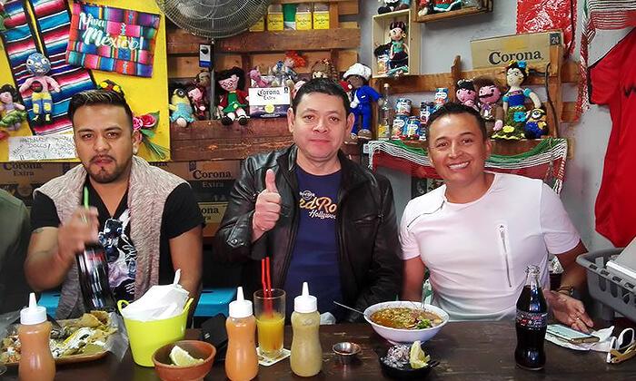 2 ארוחה מקסיקנית זוגית ב'ויוה מקסיקו', שוק הכרמל