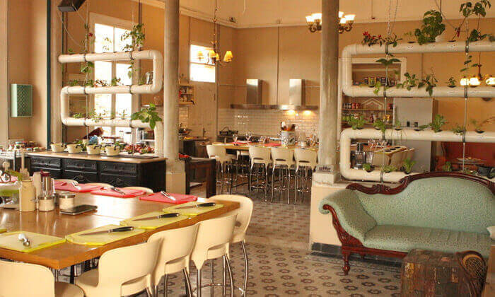 7 סדנת בישול בשר ואפייה במבשלים חוויה - הבית של סדנאות הבישול, תל אביב
