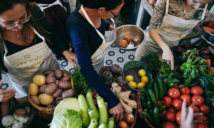 10 סדנת בישול בשר ואפייה במבשלים חוויה - הבית של סדנאות הבישול, תל אביב