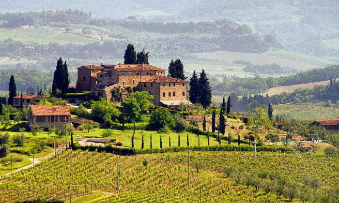 2 חופשה בלב טוסקנה, איטליה, כולל רכב שכור