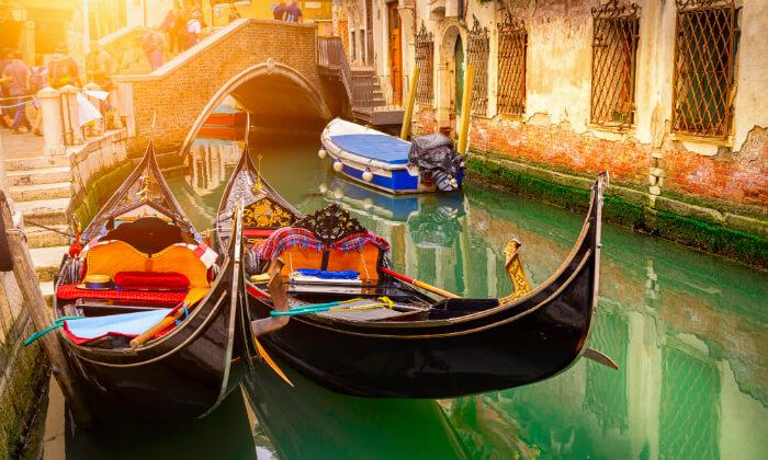 4 חופשה בוונציה, כולל פסטיבל המסכות