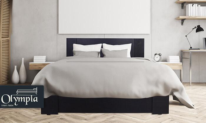 2  מיטת עץ עם מזרן