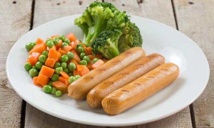12 מאפים, תבשילים ותחליפי בשר ב'מנדי טבעונות עד הבית'