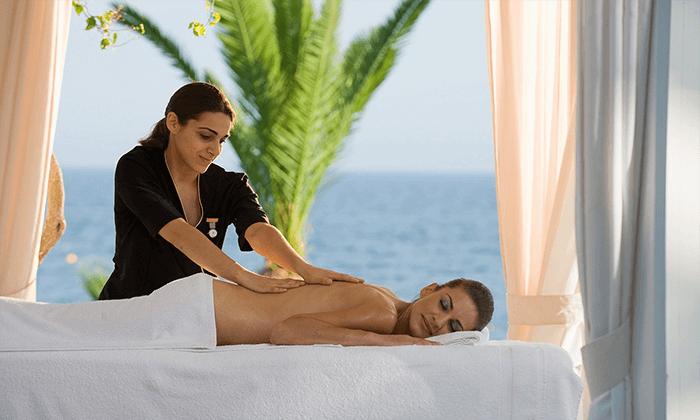 """5 חופשה בקפריסין במלון מפנק במיוחד, כולל סופ""""ש"""