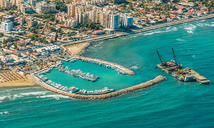 """8 חופשה בקפריסין במלון מפנק במיוחד, כולל סופ""""ש"""