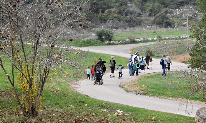 2 פארק נאות קדומים - כניסה והשתתפות בפעילויות לחנוכה 2018