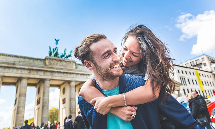 """2 חופשה בברלין, כולל סיור מודרך מתנה - תקף גם בפסח וסופ""""ש"""