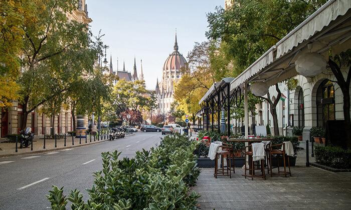 3 חופשה והופעה: ניקי מינאז' בבודפשט