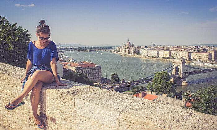 6 חופשה והופעה: ניקי מינאז' בבודפשט