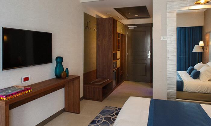 7 מלון בוטיק אקסקלוסיבי, כולל חמי געש