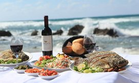 ארוחת צהריים לזוג בבני הדייג