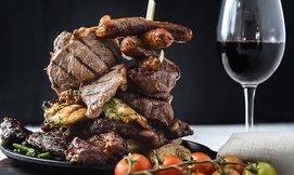 ארוחת בשרים במסעדת 300 גרם