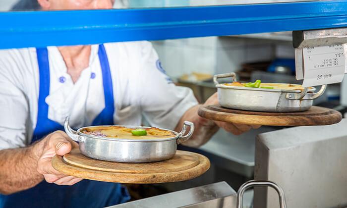 8 ארוחת טעימות יוונית זוגית במסעדת סופלקי הכשרה, נתניה