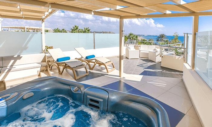 """4 חורף חם בקפריסין: מלון 5 כוכבים, כולל סופ""""ש הקרוב"""