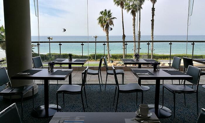 12 ארוחת בוקר בופה במלון דניאל, הרצליה פיתוח