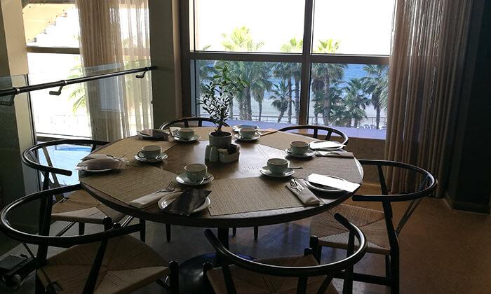 13 ארוחת בוקר בופה במלון דניאל, הרצליה פיתוח