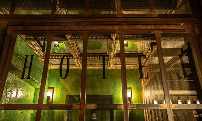 """2 חופשה במלון בוטיק B ברדיצ׳בסקי ת""""א, כולל עיסוי זוגי"""