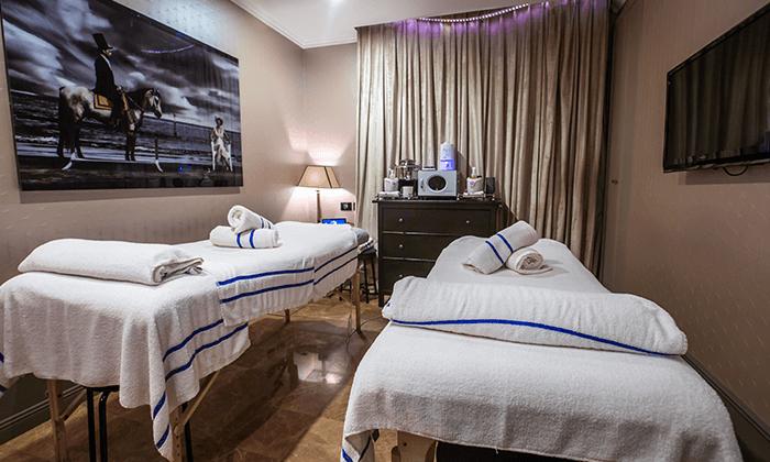 """4 חופשה במלון בוטיק B ברדיצ׳בסקי ת""""א, כולל עיסוי זוגי"""