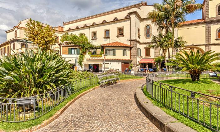 """9 חבילת """"טוס וסע"""" לדרום איטליה, כולל פסח"""