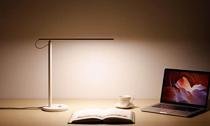 4 מנורת שולחן חכמה Xiaomi