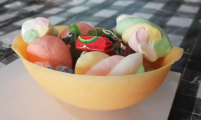 5 סדנה לילדים - הכנת ביצת שוקולד בקונדיטוריית בוטיק 'צפצ'ולה', ישוב עשרת