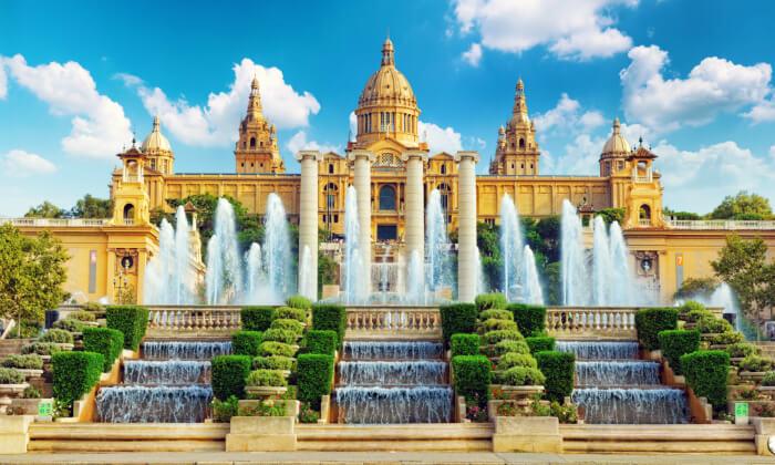"""5 עונת החגים בברצלונה: סילבסטר, חג המולד כולל סופ""""ש"""