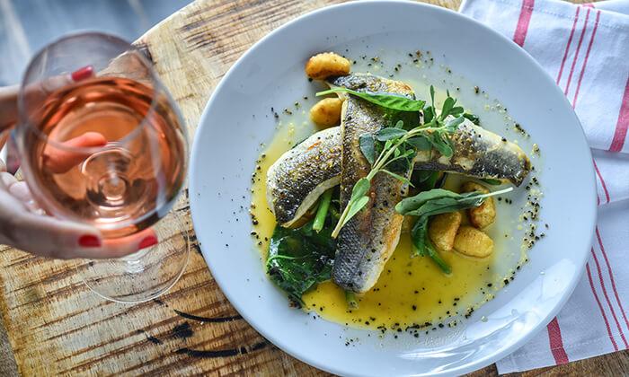 8 מסעדת גליאנו Galliano באגמון החולה - ארוחת שף זוגית לרגל ההשקה!