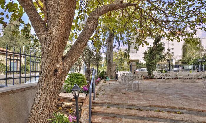 """5 חופשה באווירה ירושלמית רומנטית, במלון בוטיק מפנק, כולל סופ""""ש"""
