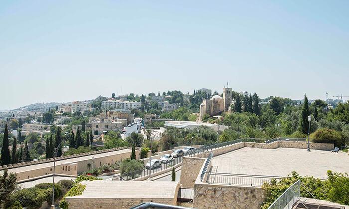16 ארוחה זוגית במסעדת מונטיפיורי הכשרה, ירושלים