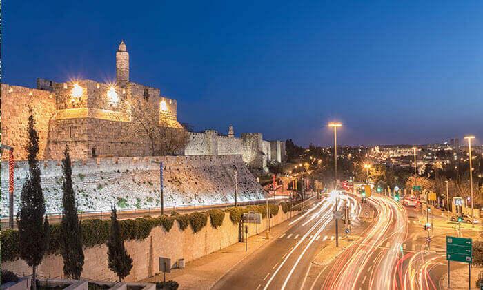 2 חופשה זוגית בלב ירושלים