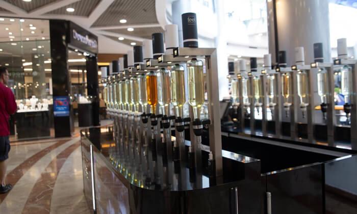 7 רשת Feel Perfume Bar, בר בשמים במגוון קניונים ברחבי הארץ - בקבוק בושם לבחירה