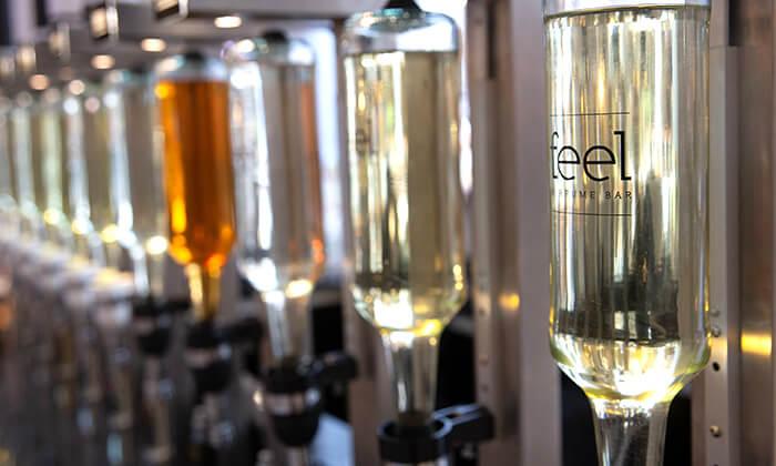 11 רשת Feel Perfume Bar, בר בשמים במגוון קניונים ברחבי הארץ - בקבוק בושם לבחירה