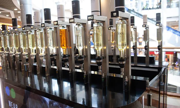 12 רשת Feel Perfume Bar, בר בשמים במגוון קניונים ברחבי הארץ - בקבוק בושם לבחירה
