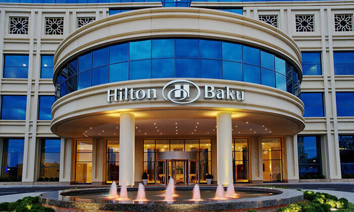2 5 כוכבים ב-Hilton באקו - שילוב מושלם של פריז, דובאי ומלון מפנק, כולל סופ''ש