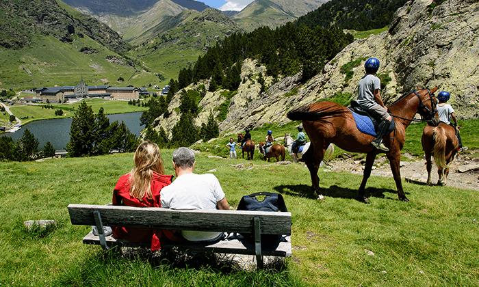 4 טיול בהרי הפירנאים - מתחילים עם נופים מסיימים עם שופינג
