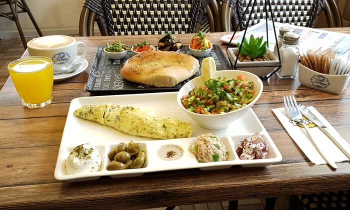 6 ארוחת בוקר זוגית במסעדת פסטו הכשרה, ירושלים