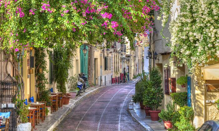 3 חופשה יוונית שמחה במיוחד עם ניקוס ורטיס באתונה
