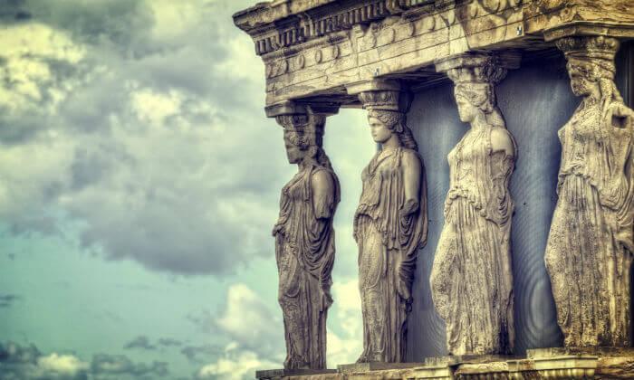 5 חופשה יוונית שמחה במיוחד עם ניקוס ורטיס באתונה