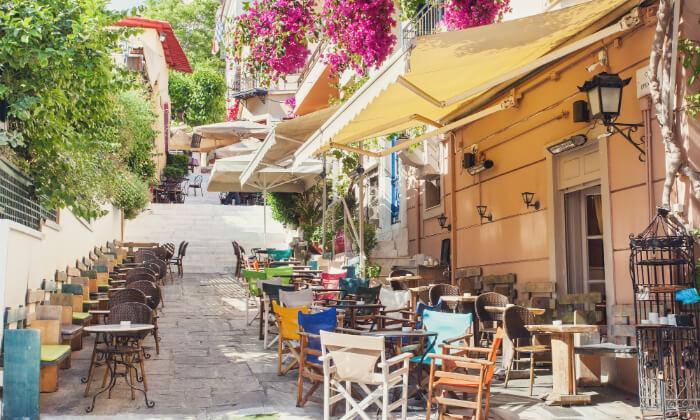 7 חופשה יוונית שמחה במיוחד עם ניקוס ורטיס באתונה