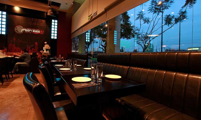4 ארוחת חומוס זוגית ושתייה במפגש הסטייק, אבן גבירול