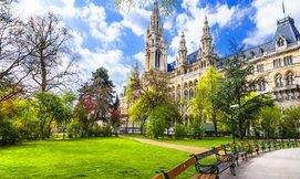 חופשה בווינה, כולל סופ