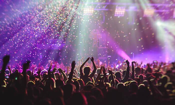 8 חופשה והופעה: להקת Twenty One Pilots בברלין
