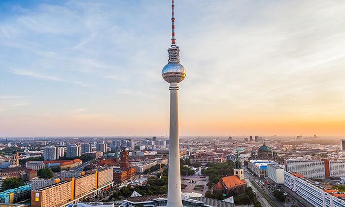 6 חופשה והופעה: להקת Twenty One Pilots בברלין