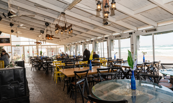 7 ארוחת המבורגר זוגית בסטלה ביץ' - דג על הים, טיילת בת ים