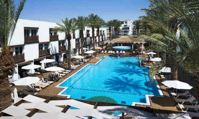 3 חופשה במלון לה פלאיה אילת, כולל טיסות