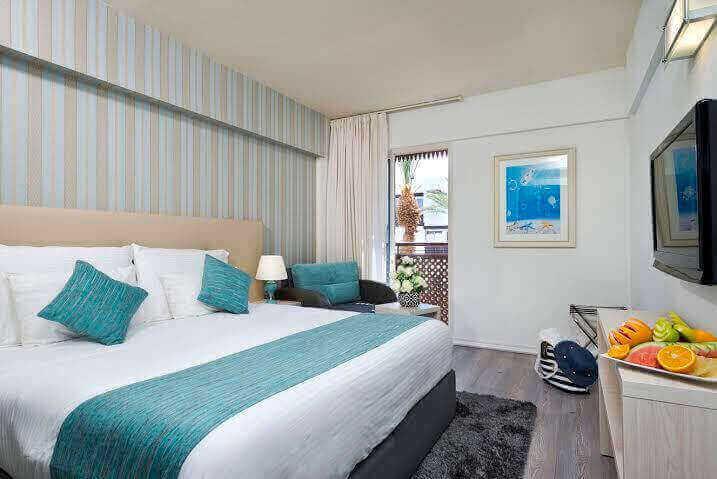 8 חופשה במלון לה פלאיה אילת, כולל טיסות