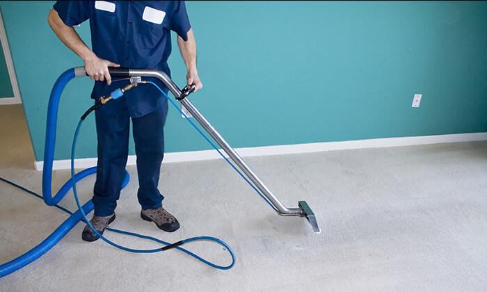 2 ניקוי שטיחים וספות בבית הלקוח