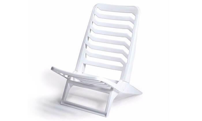 3 כתר: שישיית כסאות פלסטיק לים