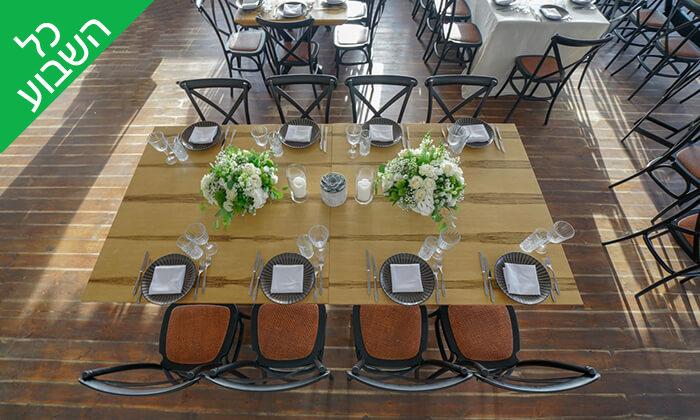 5 ארוחת שיפודים זוגית במסעדת קאזה ביץ', טיילת בת ים
